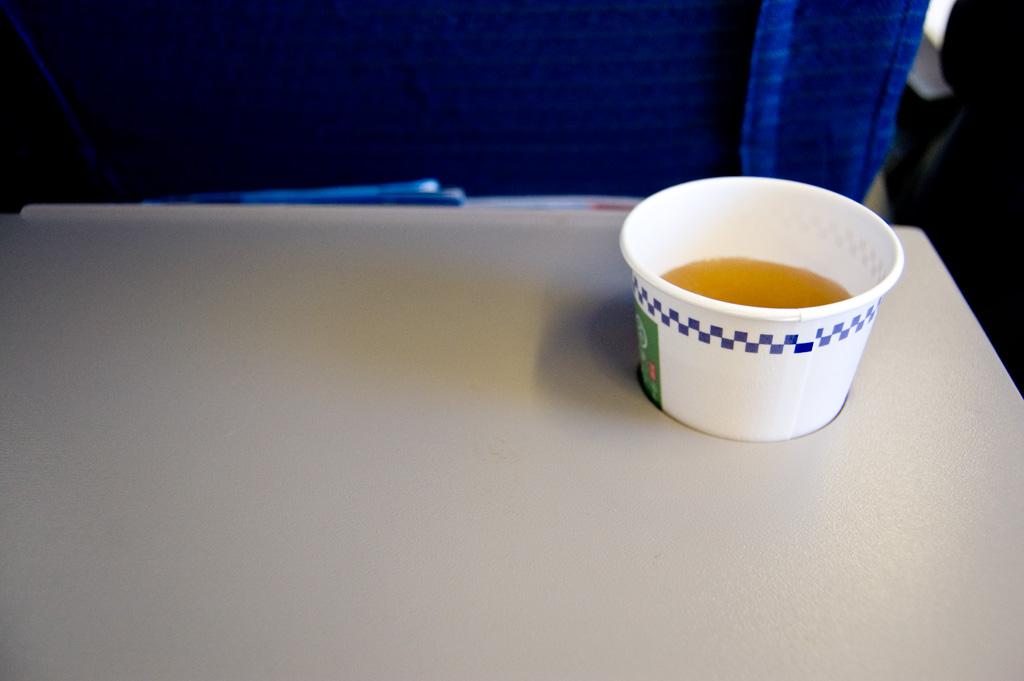 機内 お茶
