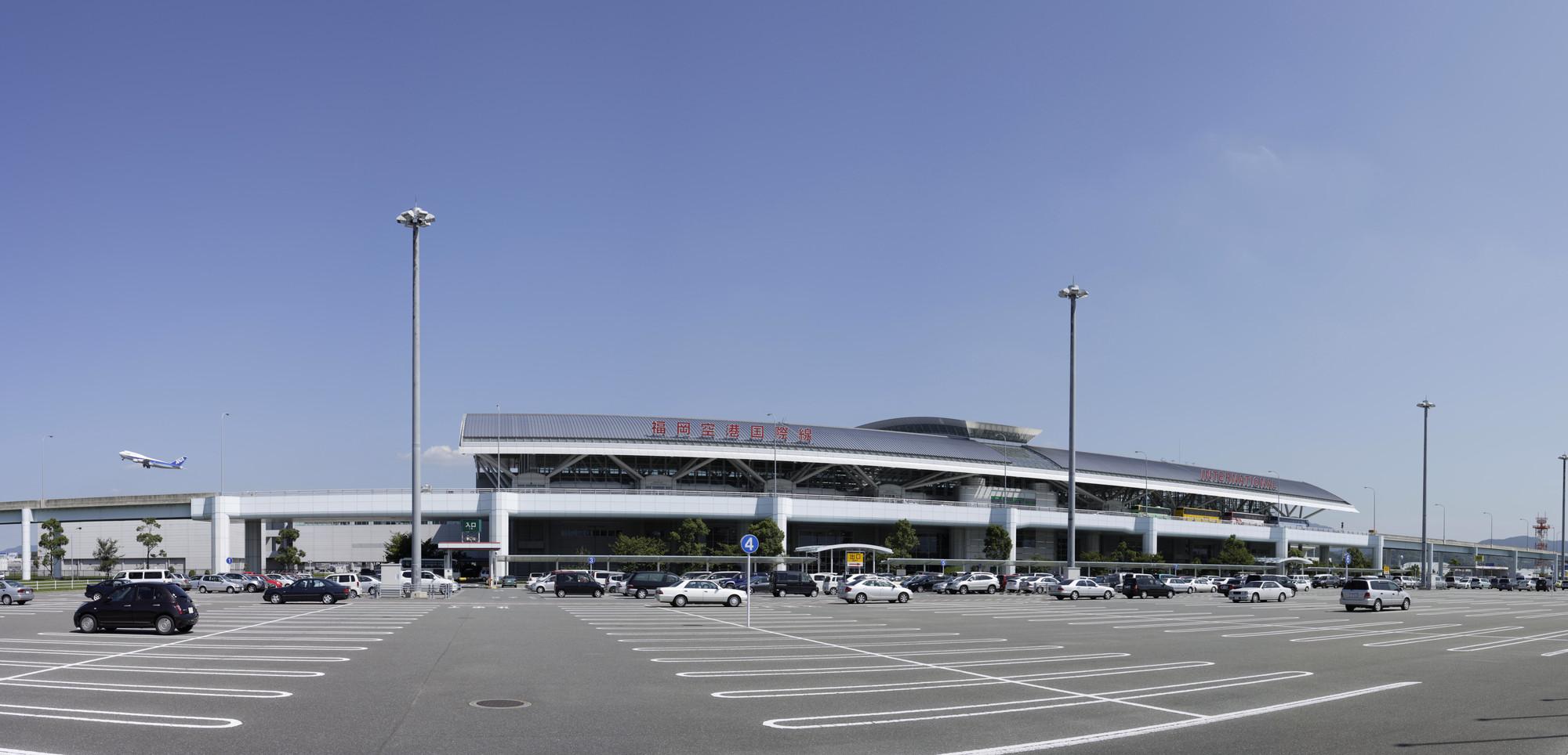 福岡空港の駐車場