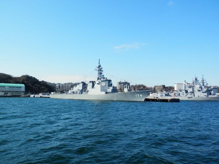 横須賀の軍港